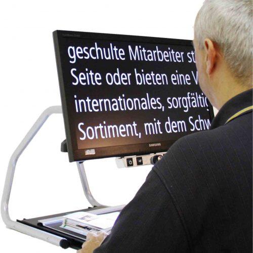 Bildschirmlesegerät Visio 22 in Verwendung