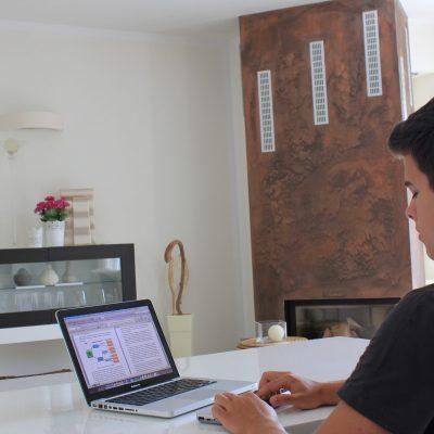 Braillezeile Vario Ultra mit einem MacBook
