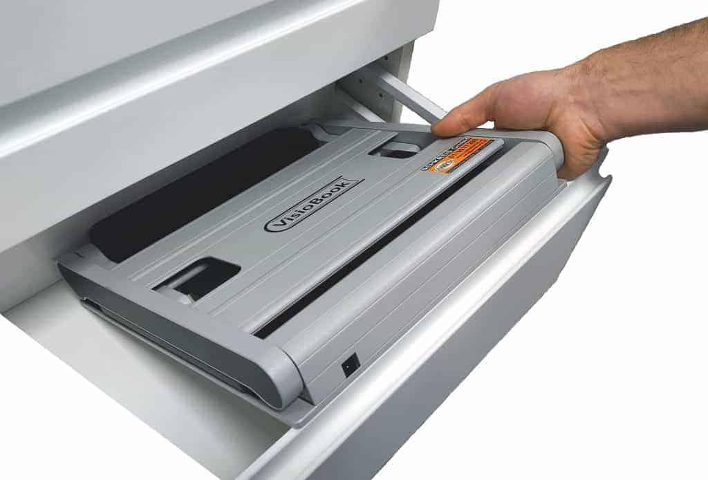 VisioBook wird in Schublade verstaut